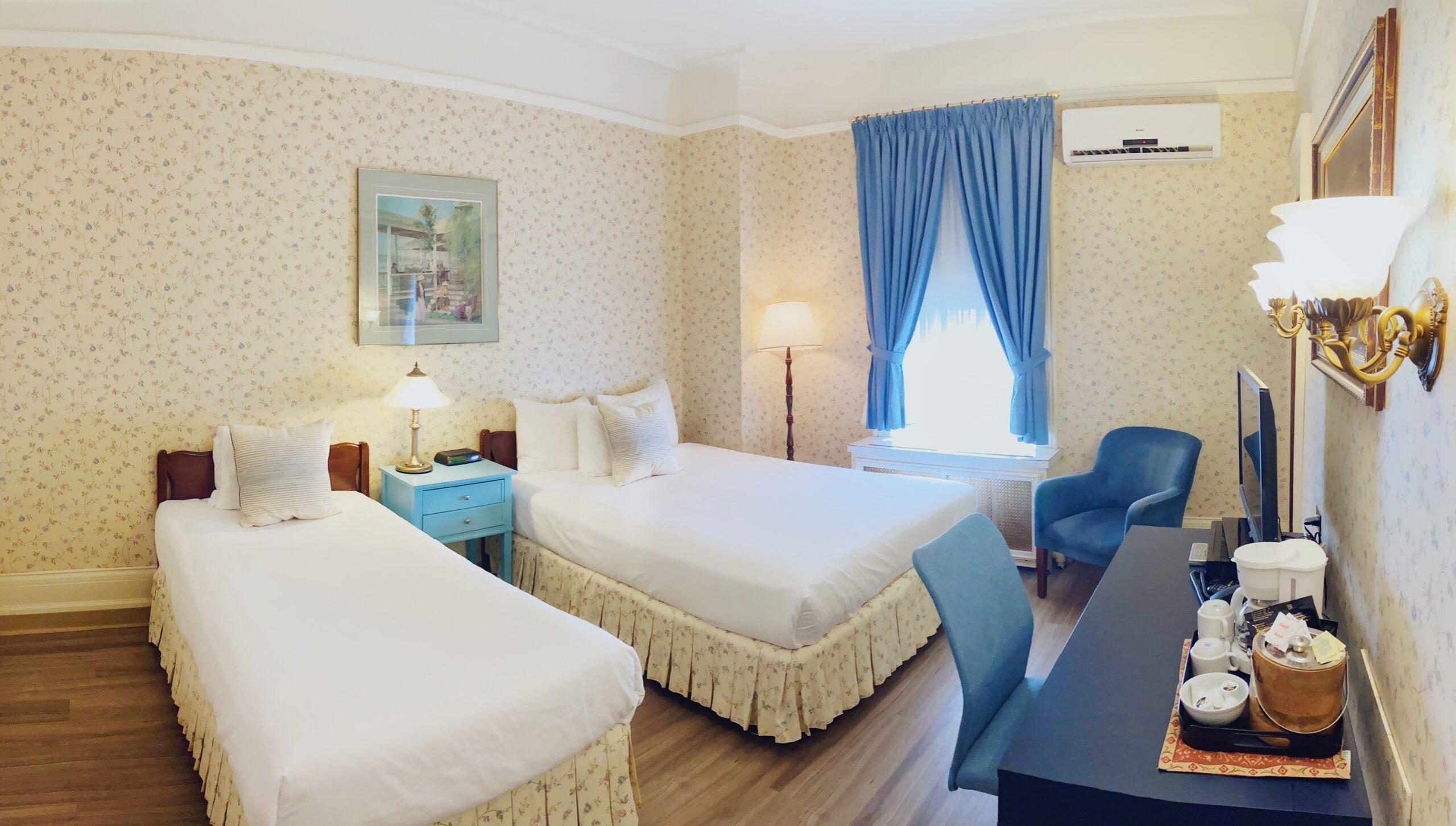 Queen bed + single bed